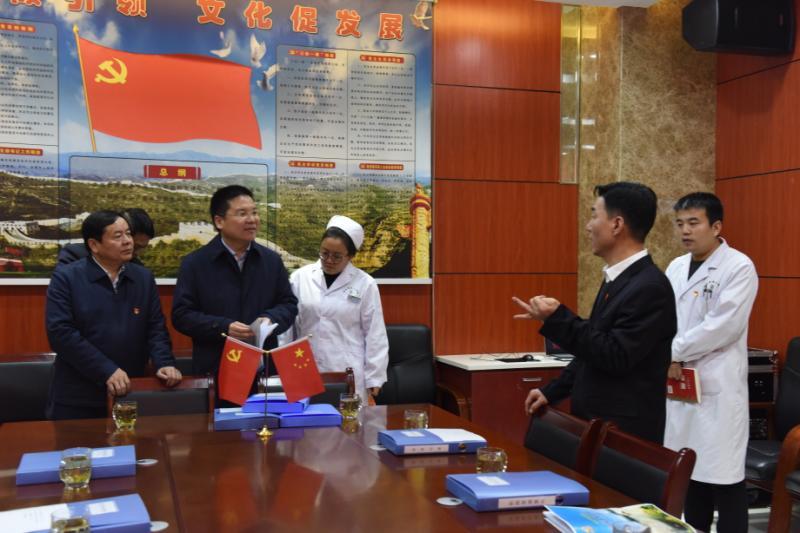 """延长县翠屏山医院""""人文党建""""工作成效显著 引起社会广泛关注"""