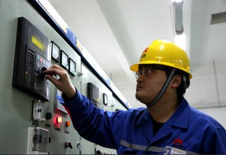延安石化:优化操作  节电百万
