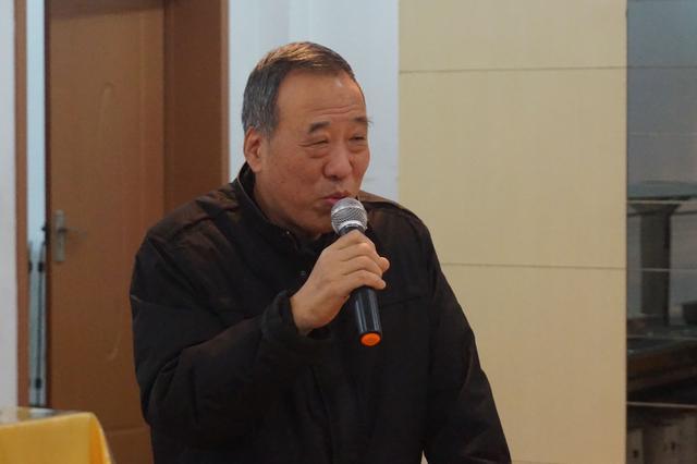 理事崔彦新作《闻香》《陕西节庆民俗》研讨会在西安举行